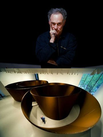 Richard Serra : Master of the tectonic nature of sculpture