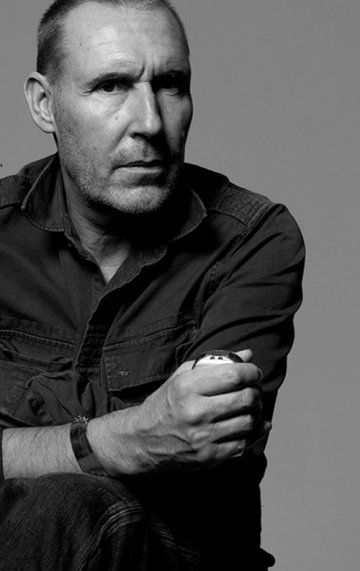 Michel Comte : Empathic & Emblematic