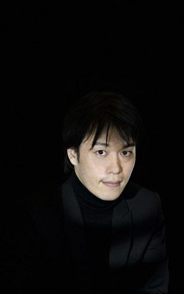 Hiromichi Konno : Design with your senses