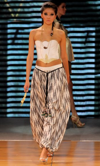 Uzbek designers of Dom Stilya /Dom Stilya General Fashion Show09_Yves Forestier-Getty Images For Style.UZ