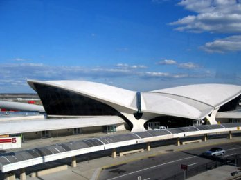 Eero Saarinen_ JFK International Airport, Circa 1962_Balthazar Korab_New York_USA