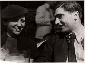 Gerda Taro and Robert Capa_Fred Stein