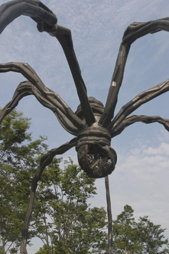 Louise Bourgeois_Spider