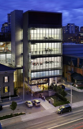Canada's National Ballet School Project Grand Jeté_Kuwabara Payne McKenna Blumberg Architects & Goldsmith Borgal & Company Ltd. Architects, Architects in Joint Venture (Toronto, ON)_Tom Arban