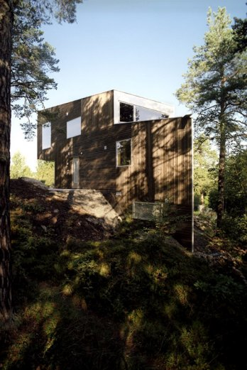 Triangle House by JVA/_Eas