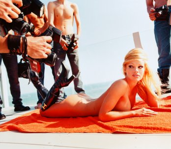 David Lachapelle/Pamela Anderson-Voluptuous Attentions_2001