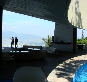 FIFA/INFINITE SPACE - THE ARCHITECTURE OF JOHN LAUTNER.