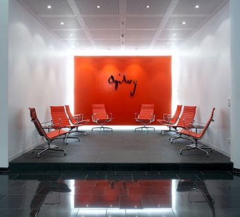 Ogilvy & Mather_Vitra
