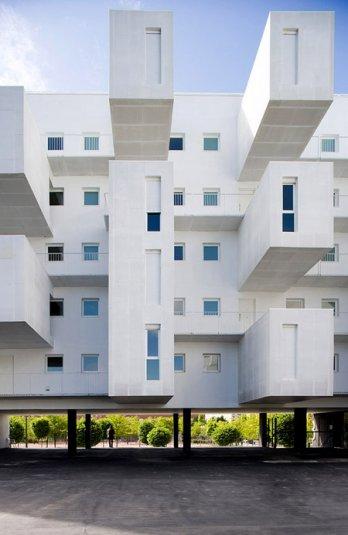 Charming Carabanchel Housing : Dosmasuno Arquitectos/Dosmasuno Carabanchel Miguel De  Guzmán
